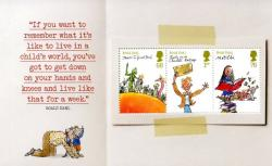 SGY3254a  Roald Dahl   in a child's world