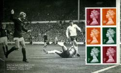 SG: U3011a 2013 Football Heroes Denis Law